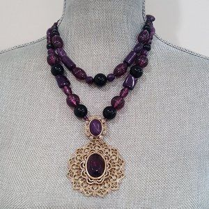 STEPHAN & CO GOLD PLATED PURPLE LUCITE NECKLACE